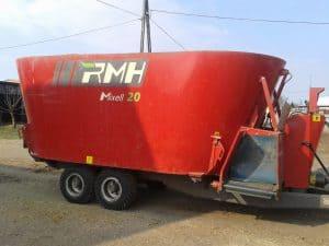 Wóz paszowy ciągniony Mixell 20